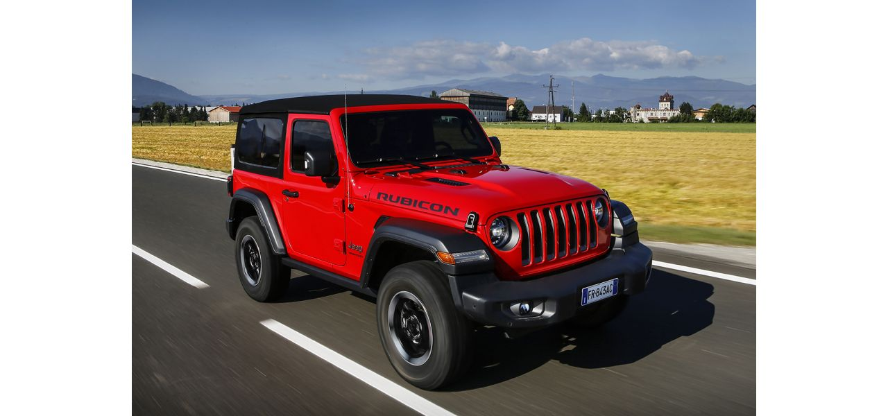 Jeep Wrangler colore firecracker red